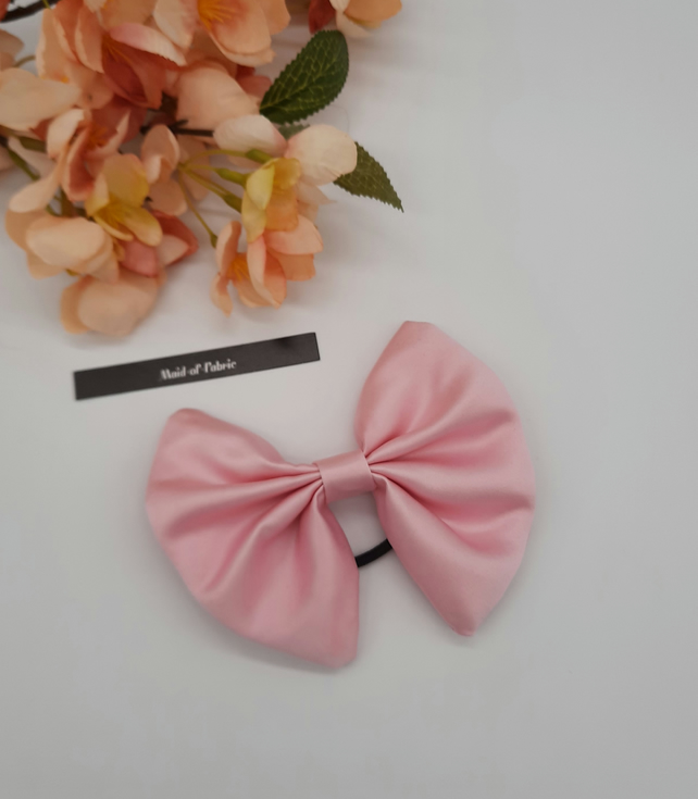 Hair bow bobble in pink satin fabric. 3 for 2 offer.