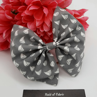 Hair bobble bow,  grey and white sail boats, 3 for 2 offer.