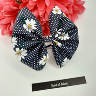 Hair bow bobble,  navy polkadot and daisy.