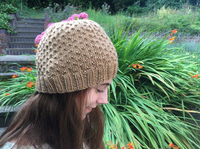 Beanie Hat KNITTING PATTERN in PDF with Dot Stitch pattern