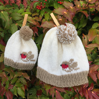 Pom Pom Hat KNITTING PATTERN in PDF with a Winter Robin motif