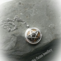 Tiger Eye Pentacle Diffuser Necklace