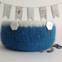 FELTED 'FUSSPOT'  BOWL ,desk tidy . ' Time and Tide.. ' (with MOP buttons).'