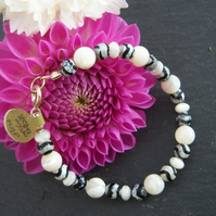 Mother of pearl and zebra agate bracelet