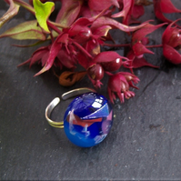 Adjustable ring in dichroic glass and sterling silver
