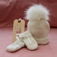 Winter White Baby Hat & Mitts