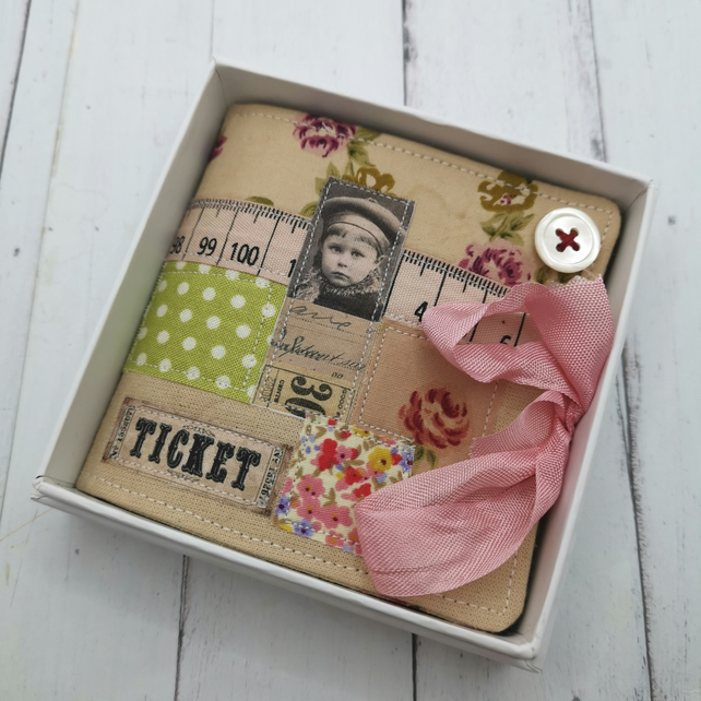 Sewing needle case gift boxed.
