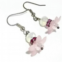 Pink Flower Daisy Beaded Drop Earrings