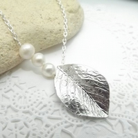 Rose Leaf Charm Necklace with Three Cultured Pearls in Silver Plate.