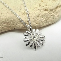 Silver Daisy Necklace. Silver Plate Charm Flower Necklace.