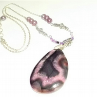 Brown and Pink Agate Druzy and Pearl Gemstone Pendant Necklace.