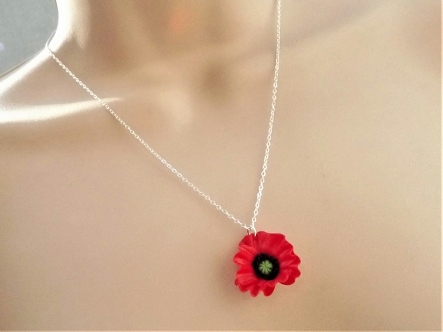 Red Poppy Necklace with frilly petals