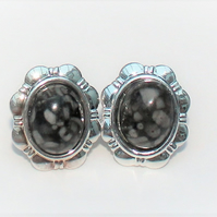 Black and Grey Fossil Stone Daisy Clip on Earrings
