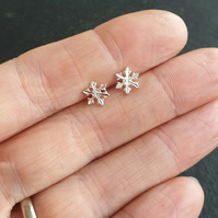Sterling silver snowflake studs, Christmas earrings, Winter jewellery