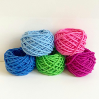 Yarn oddments, mini balls of yarn, 10g balls of kitchen cotton yarn