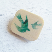 Wooden Bird brooch, Green Bird Brooch, Bird Badge, Bird Pin