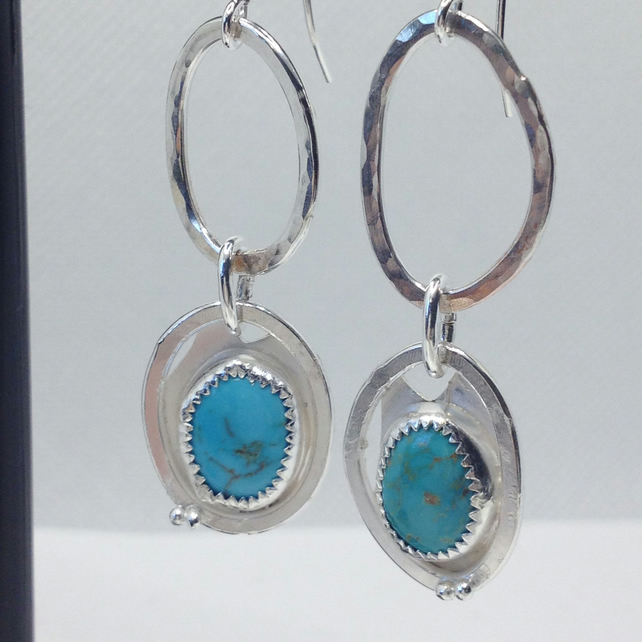 Round-and-around Turquoise earrings