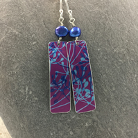 Pink and blue anodised aluminium cow parsley rectangle earrings with blue pearl