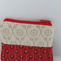 Quilted Coin Purse in Red and Cream