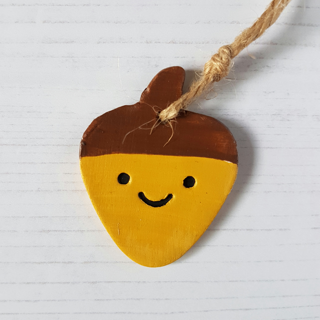Smiley Acorn hanging decoration