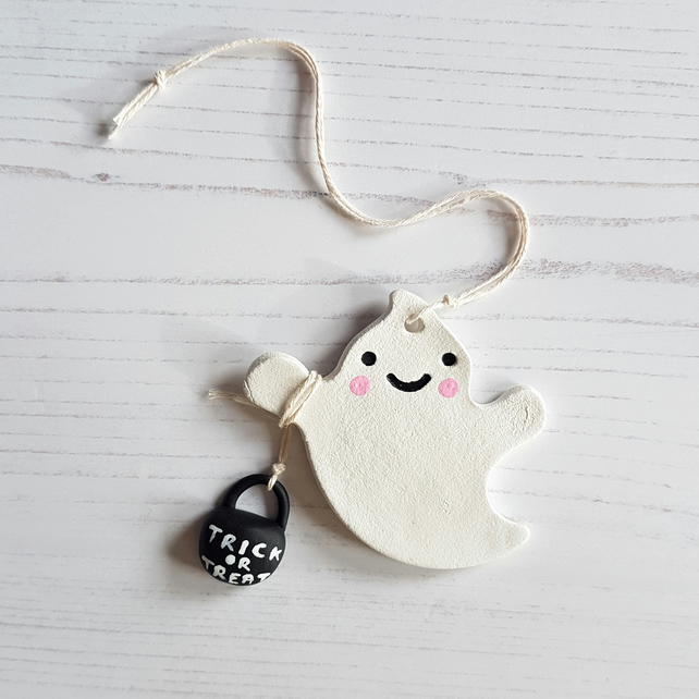 Smiley Ghost hanging decoration, one supplied
