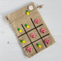 Flamingo and Pineapple themed Tic Tac Toe game