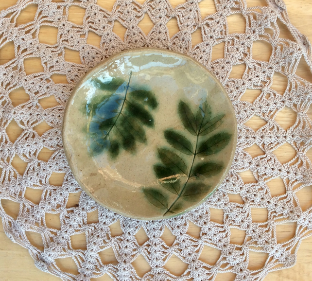 Rowan ceramic dish, Green leaves trinket holder, small dessert dish, 2t