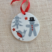 Scandi Christmas ornament with robin, fir tree and gingerbread man -  1LL