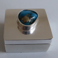 Sterling silver trinket treasure box with Campitos Turquoise accent