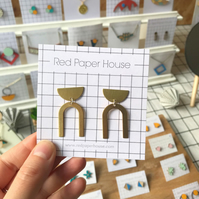 Cleo Curve Brass Geometric Earrings