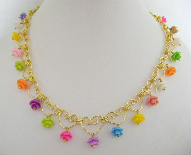 Flower and Heart Necklace.