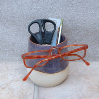 glasses spectacles bedside organiser handthrown stoneware pottery ceramic specs