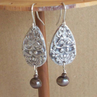 Fine Silver 999 Rococo Earrings with Chocolate Pearl