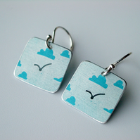 Cloud earrings with seagull
