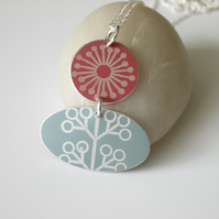 Folk art flower necklace in coral and grey