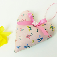 Lavender Heart, Pretty Pink Scattered Floral Scented Sachet