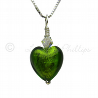 UK FREEPOST Handmade Peridot Heart Murano Glass Necklace Gift Wrapped - MGE3le