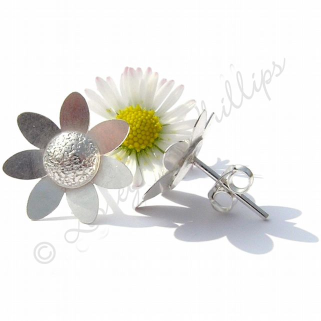 UK FREE Delivery. Handmade Silver Jewellery Gifts Daisy Stud Earrings JTAE5