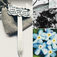 Garden plaque and forget-me-not seed kit