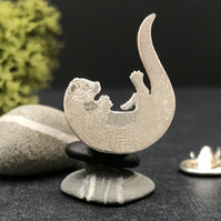 Silver Playing Otter Lapel Pin
