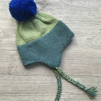 Bright pompom bobble hat