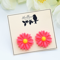 Bright & Bold Pink Daisy Earrings