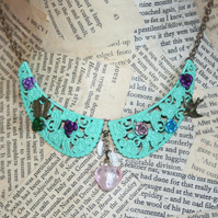 Green Flower Glass Heart Bib Collar Necklace