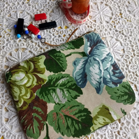 Little notions pouch