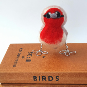 Needle Felted Baby Robin Standing Bird Decoration