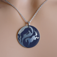 Horse necklace, 25mm disc pendant, handmade jewellery. P25-704