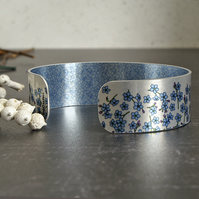 Cuff bracelet with Forget Me Nots, metal jewellery bangle, floral gifts B114