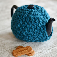 Super Chunky Knitted 1 - 2 Cup and  4-6 Cup  Tea Cosy Cover