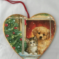 Decorated Christmas Wooden Heart Decoration Kitten Puppy Window Snow Tree