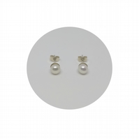 White Pearl AAA Freshwater on Sterling Silver Stud Earrings by Crura